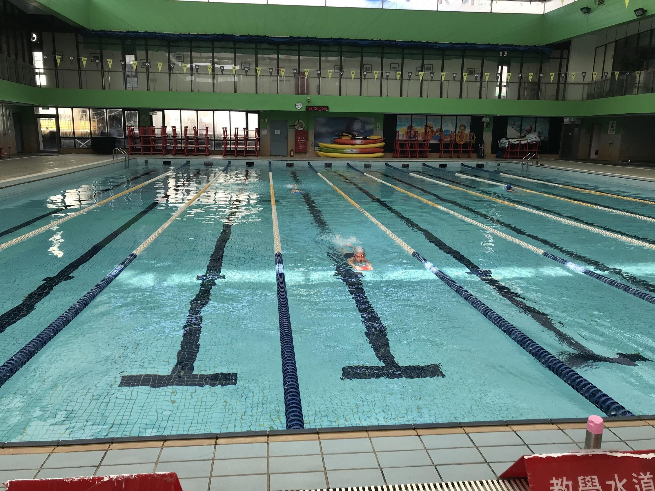 台湾プール