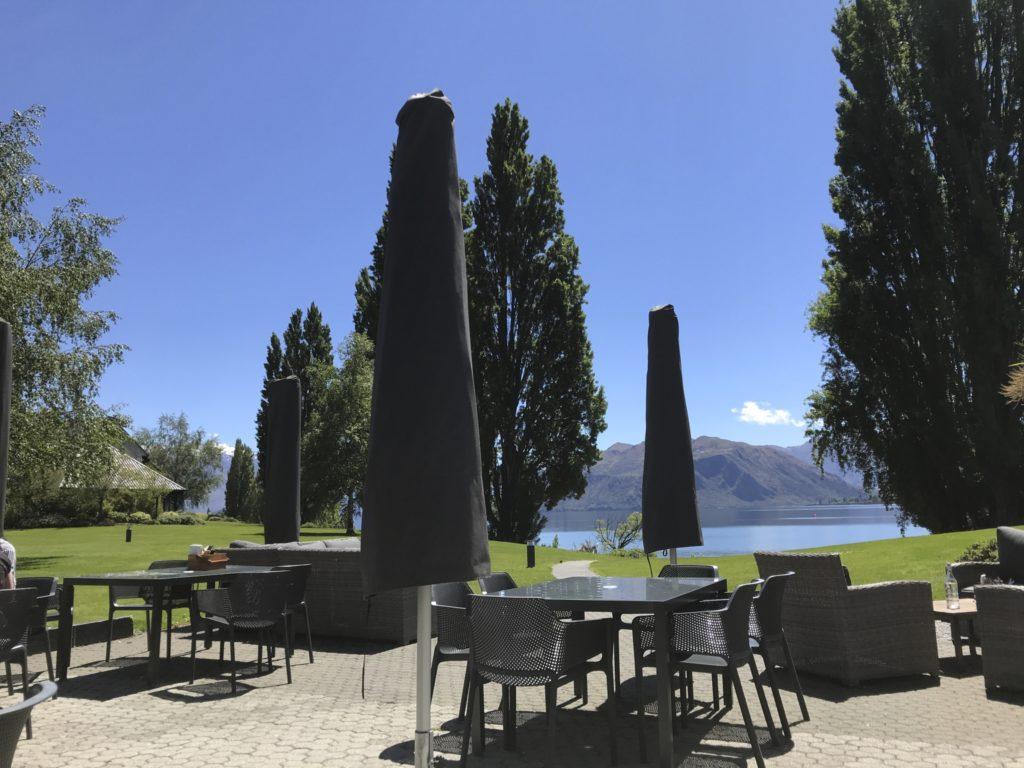 ニュージーランドの湖の地学のテラス