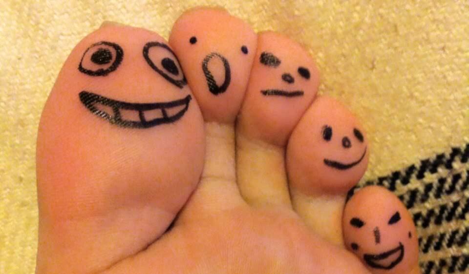 足の指人形