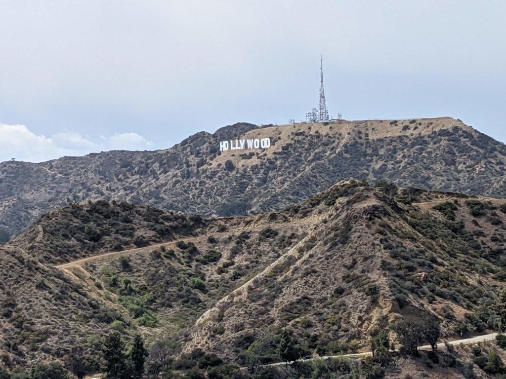 ハリウッドの山