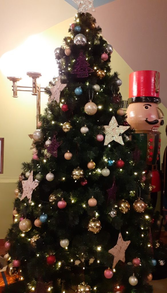 Nutcracker & Christmas tree